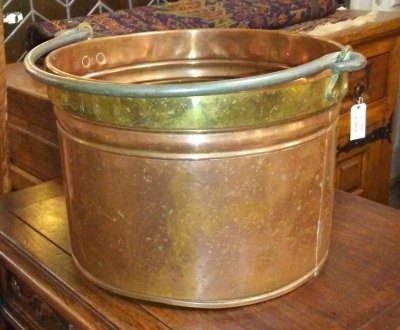 16H17019 BRASS BANDED COPPER KINDLING POT (2).jpg