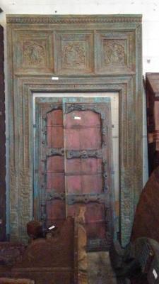 16H10 ASSORTED INDIAN DOORWAYS, DOORS AND BEAMS (6).jpg
