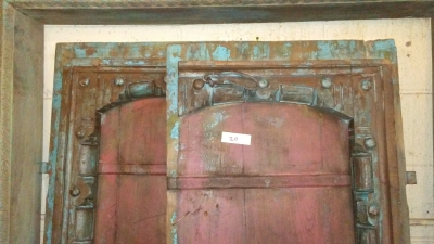16H10 ASSORTED INDIAN DOORWAYS, DOORS AND BEAMS (10).jpg