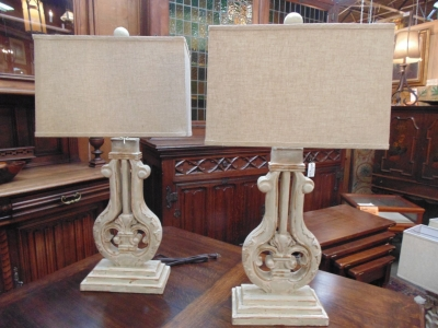 13L23573 PAIR TALL WOOD LAMPS (1).JPG