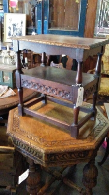 16H07038 CARVED OAK TABLE WITH DRAWER.jpg