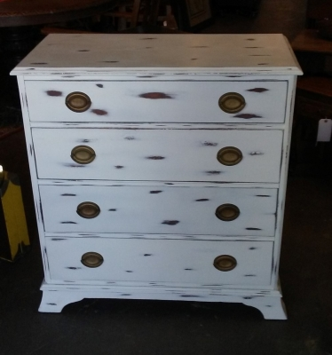 36 PAINTED FERDERAL STYLE CHEST (2).jpg