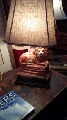 36-87908 STAFFORDSHIRE LION LAMP.jpg