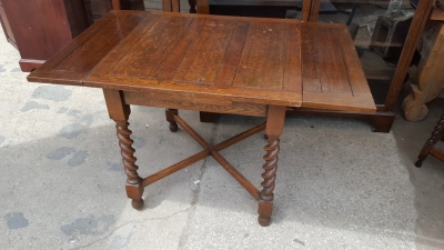 16I02062 SMALL BARLEY TWIST DRAWLEAF TABLE  (45).jpg