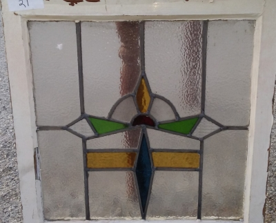 16I02021 STAINED GLASS WINDOW (42).jpg