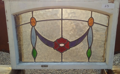 16I02023 STAINED GLASS WINDOW (8).jpg