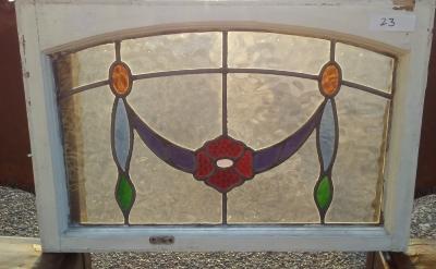 16I02023 STAINED GLASS WINDOW (8).jpg