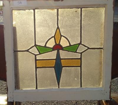 16I02038 STAINED GLASS WINDOW (63).jpg