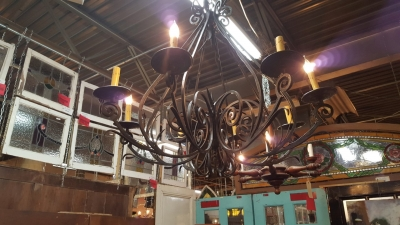 16H23 AUSTIN Ranch chandelier.jpg