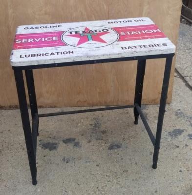 16H30  TEXACO TABLE.jpg