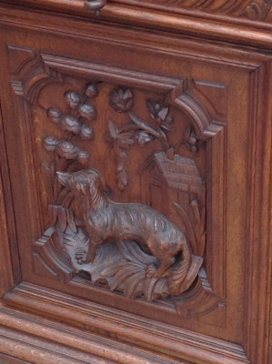 14C06003 OAK HUNTBOARD.JPG