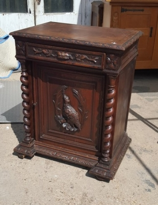 16I15015 OAK BARLEY TWIST JAM CABINET-AS IS SIDE (1).jpg