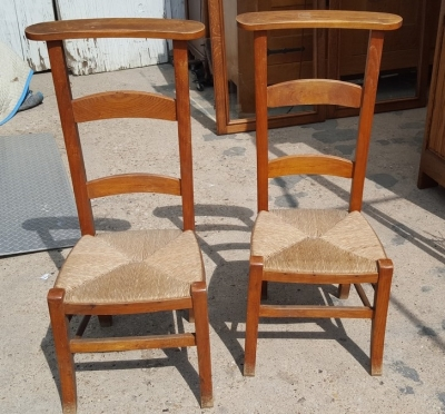 16I15021 AND 22 OAK KNEELERS WITH RUSH SEATS.jpg