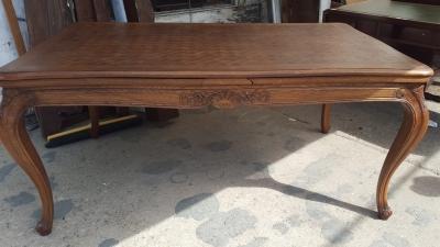 16I15026 LOUIS XV OAK DRAWLEAF TABLE (4).jpg
