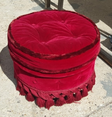 16I15044 PAIR OF RED OTTOMANS (1).jpg