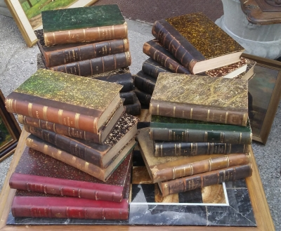 16I115017 SELECTION OF LEATHER BOUND BOOKS.jpg