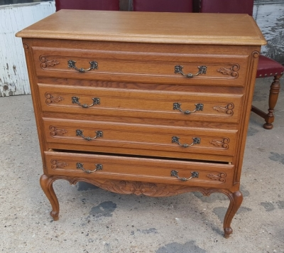 1615I038 OAK COUNTRY FRENCH 4 DRAWER CHEST.jpg
