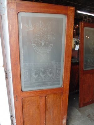 14D22013 PAIR ETCHED GLASS CABINET DOORS