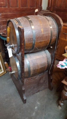 16I09553 DOUBLE BARRELL BEER DISPENSER (1).jpg