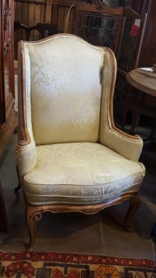 16I16500 EUROPEAN WINGBACK CHAIR .jpg