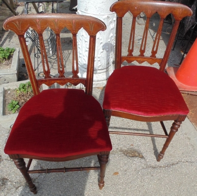 14D22018 PAIR PETITE CHAIRS