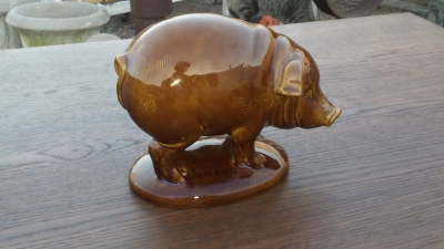 16J05006 CERAMIC PIG (2).jpg