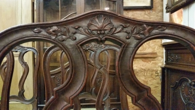 16J05009 SET OF SIX COUNTRY FRENCH LOOP BACK CHAIRS (2).jpg