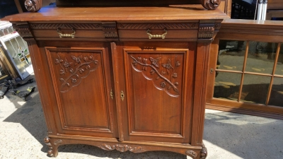 16J05043 PAIR OF CARVED BUFFETS WITH MIRRORED DOORS (3).jpg