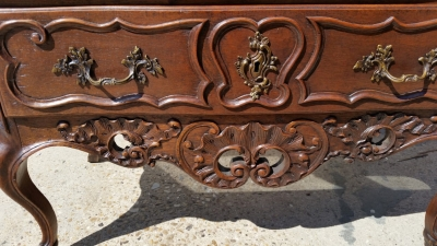 16J05068 2 DRAWER LONG COUNTRY FRENCH CHEST (2).jpg