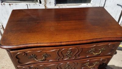 16J05068 2 DRAWER LONG COUNTRY FRENCH CHEST (3).jpg