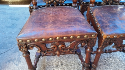 16J05084 SET OF 6 HIGHLY CARVED LEATHER CHAIRS (3).jpg