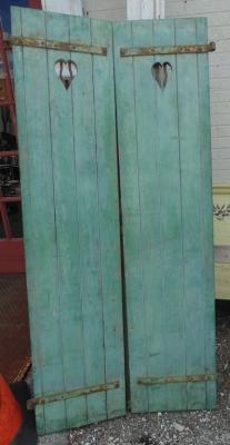 14D21102 TALL GREEN SHUTTERS PAIR
