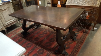 16K TRESTLE TABLE.jpg