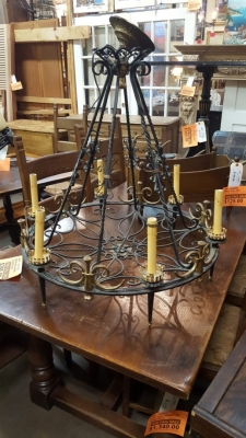 16K10 BRASS AND IRON CHANDELIER.jpg