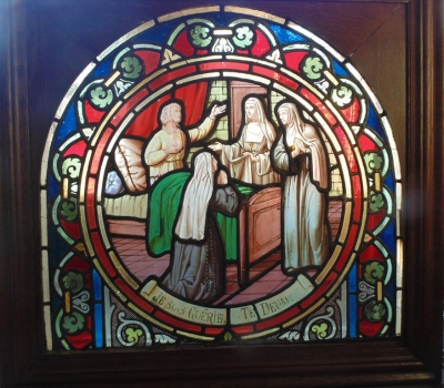 14D22024 ARCHED STAINED GLASS RELIGIOUS WINDOW