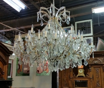 5 FT WIDE MARIA TERESA CHANDELIER (3).jpg
