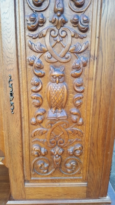17A01 OWL AND STAINE GLASS DOOR CABINET (2).jpg