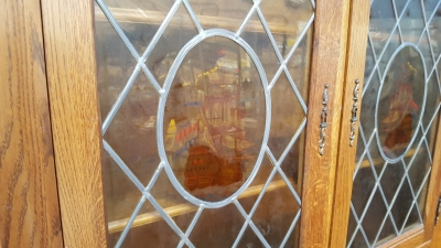 17A01 OWL AND STAINE GLASS DOOR CABINET (5).jpg