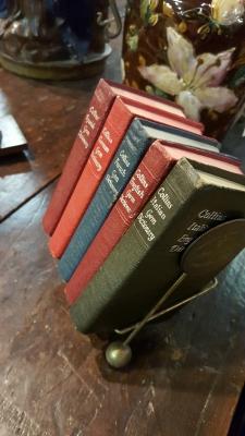 17A01 SET OF 5 BOOKS IN HOLDER (2).jpg