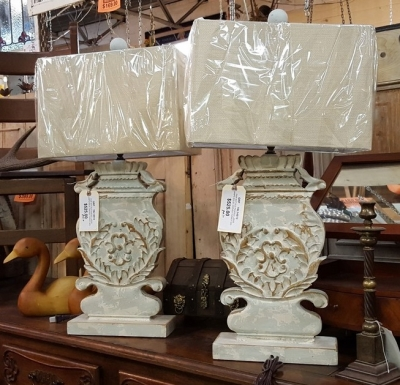 16l15 PAIR OF LARGE CARVED WOOD LAMPS.jpg