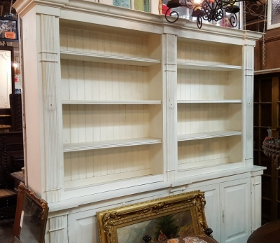17A01 PAINTED WHITE BOOKCASE.jpg