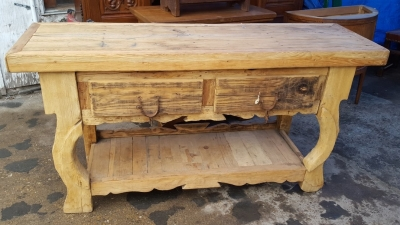 17A01 RUSTIC PINE CONSOLE WITH SPUR HANDLE (1).jpg