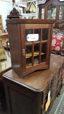 MISSION STYLE MEDICINE CABINET WITH BEVELED GLASS .jpg