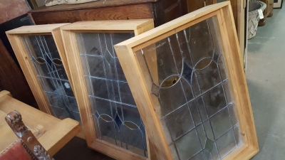 SET OF 3 STAINED GLASS WINDOWS.jpg