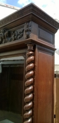 14D22012 FRENCH OAK BIRD HUNT CABINET