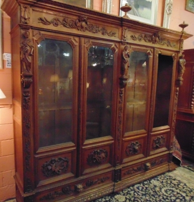 14D22005 INCREDIBLE FIGURAL CARVED 4 DOOR FRENCH OAK TURN OF THE CENTURY BOOKCASE (3).JPG