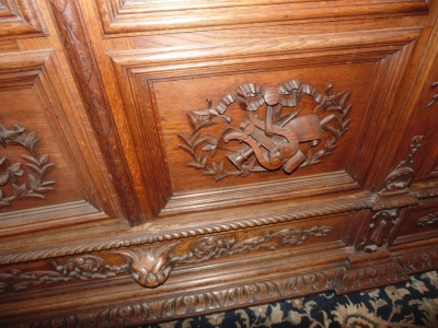 14D22005 INCREDIBLE FIGURAL CARVED 4 DOOR FRENCH OAK TURN OF THE CENTURY BOOKCASE (9).JPG