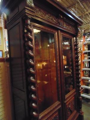 14D22023 CARVED OAK BARLEY TWIST FRENCH BOOKCASE (10).JPG