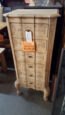 17A15016 TALL STRIPPED OAK 6 DRAWER CHEST $1275.jpg