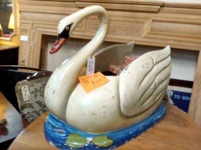 17C CARNIVAL RIDE SWAN $1195 .jpg